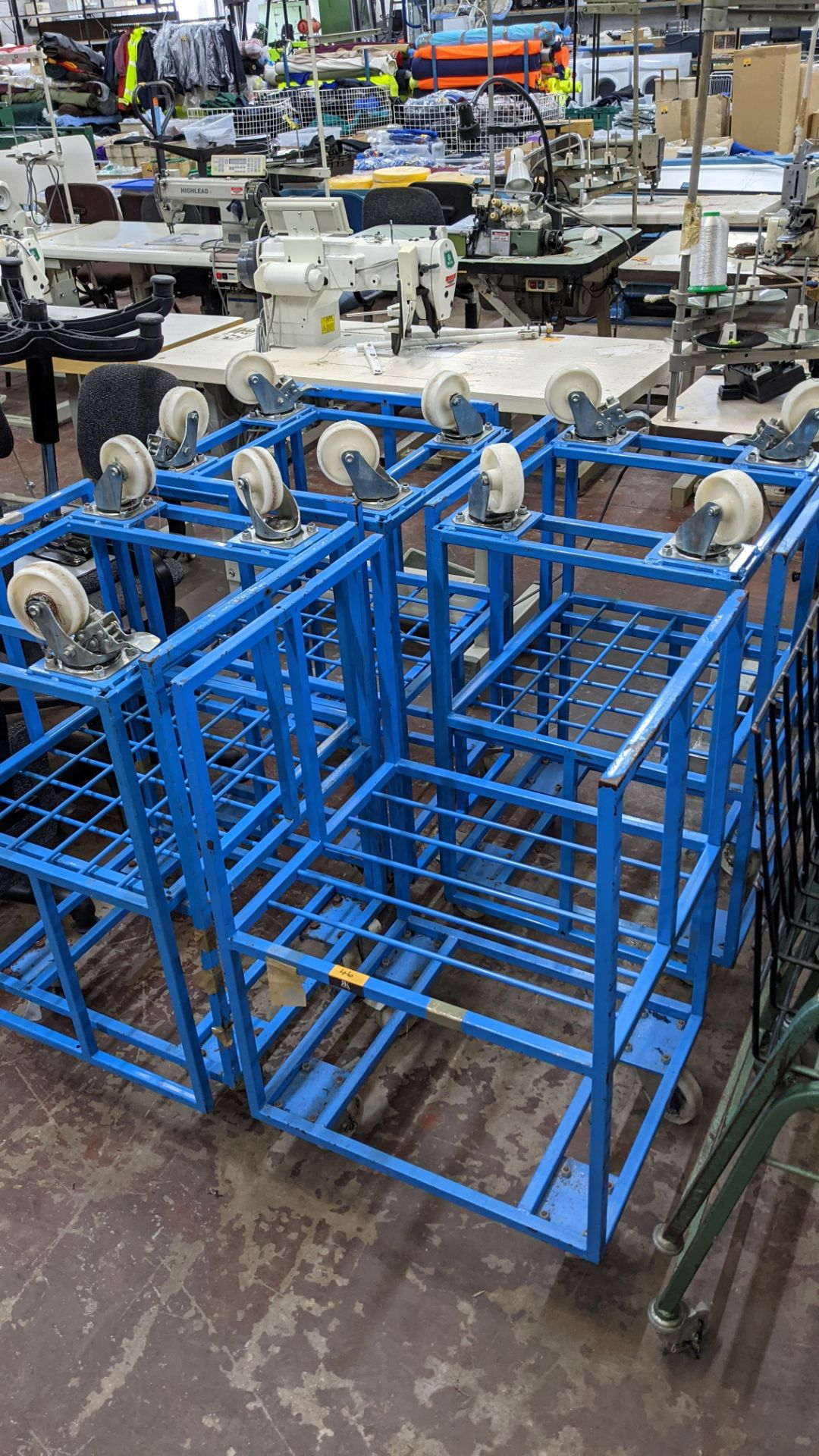 7 off blue mobile trollies - Image 5 of 6