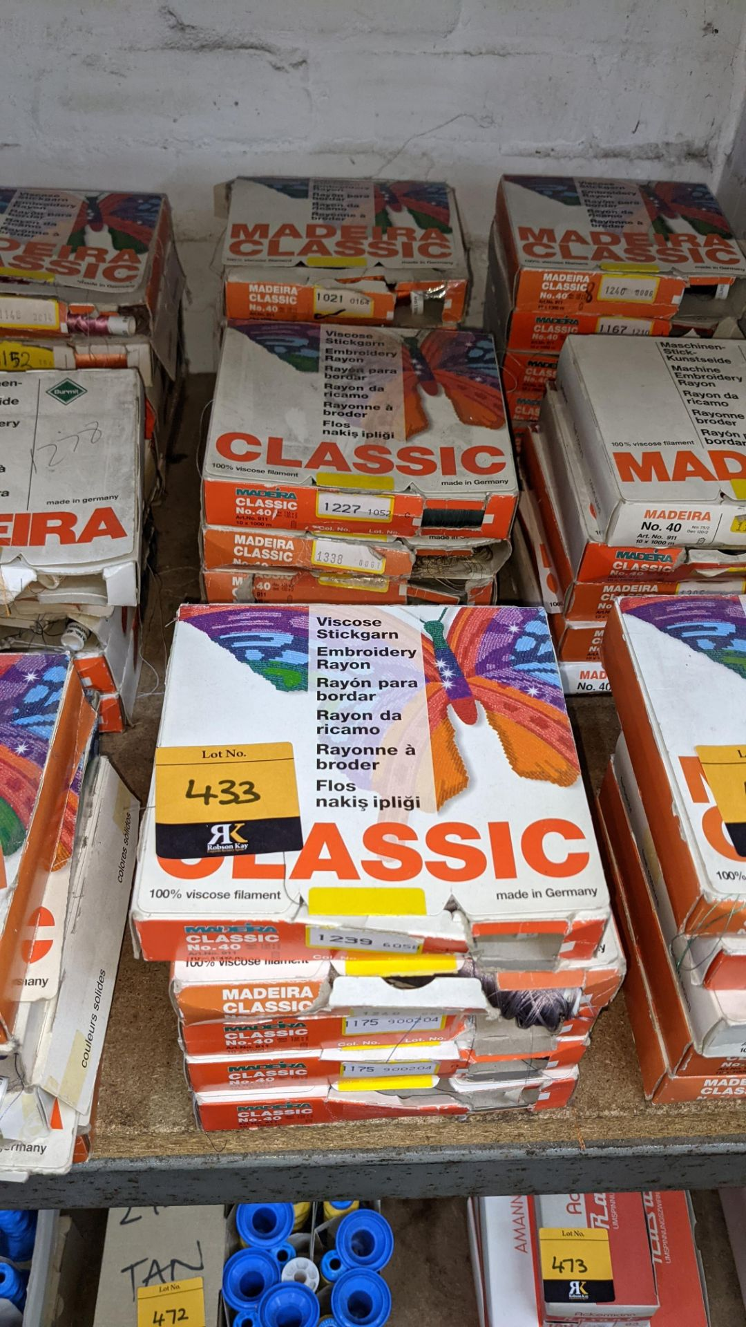 15 assorted boxes of Madeira Classic No. 40 embroidery rayon thread - Image 2 of 8