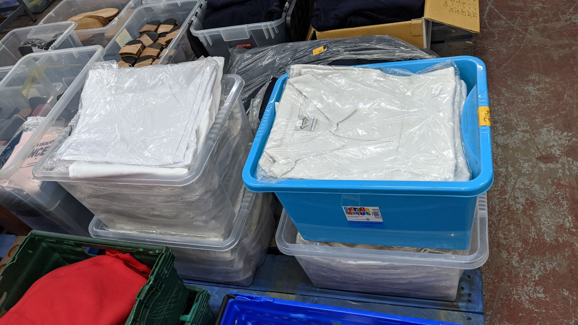 The contents of 4 crates of white clothing, assumed to be for the catering industry. NB crates excl - Image 3 of 5