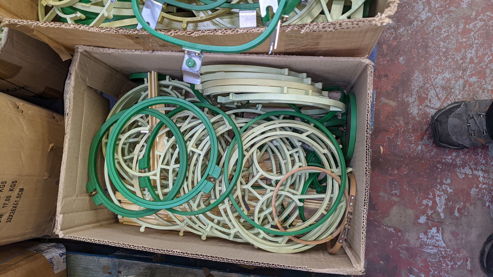 The contents of a pallet of assorted embroidery machine frames & similar - this lot consists of 7 as - Image 3 of 9
