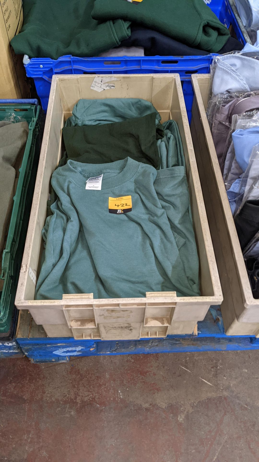 Approx 20 off assorted green tops
