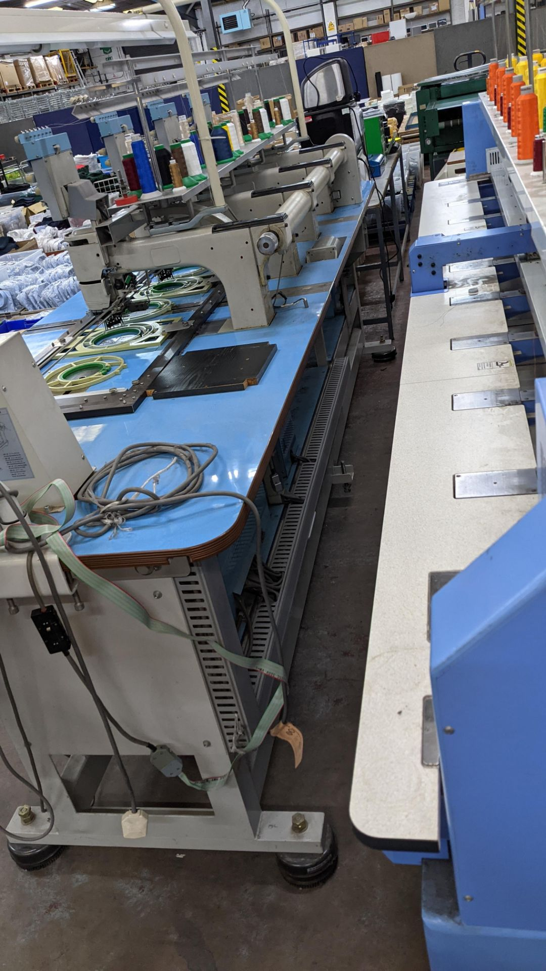 Barudan 4 head embroidery machine, model BEAT 804TYS, 7 needles per head - Image 22 of 24