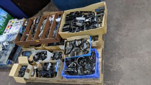 Large quantity of cutting dies - this lot consists of the total contents of a pallet