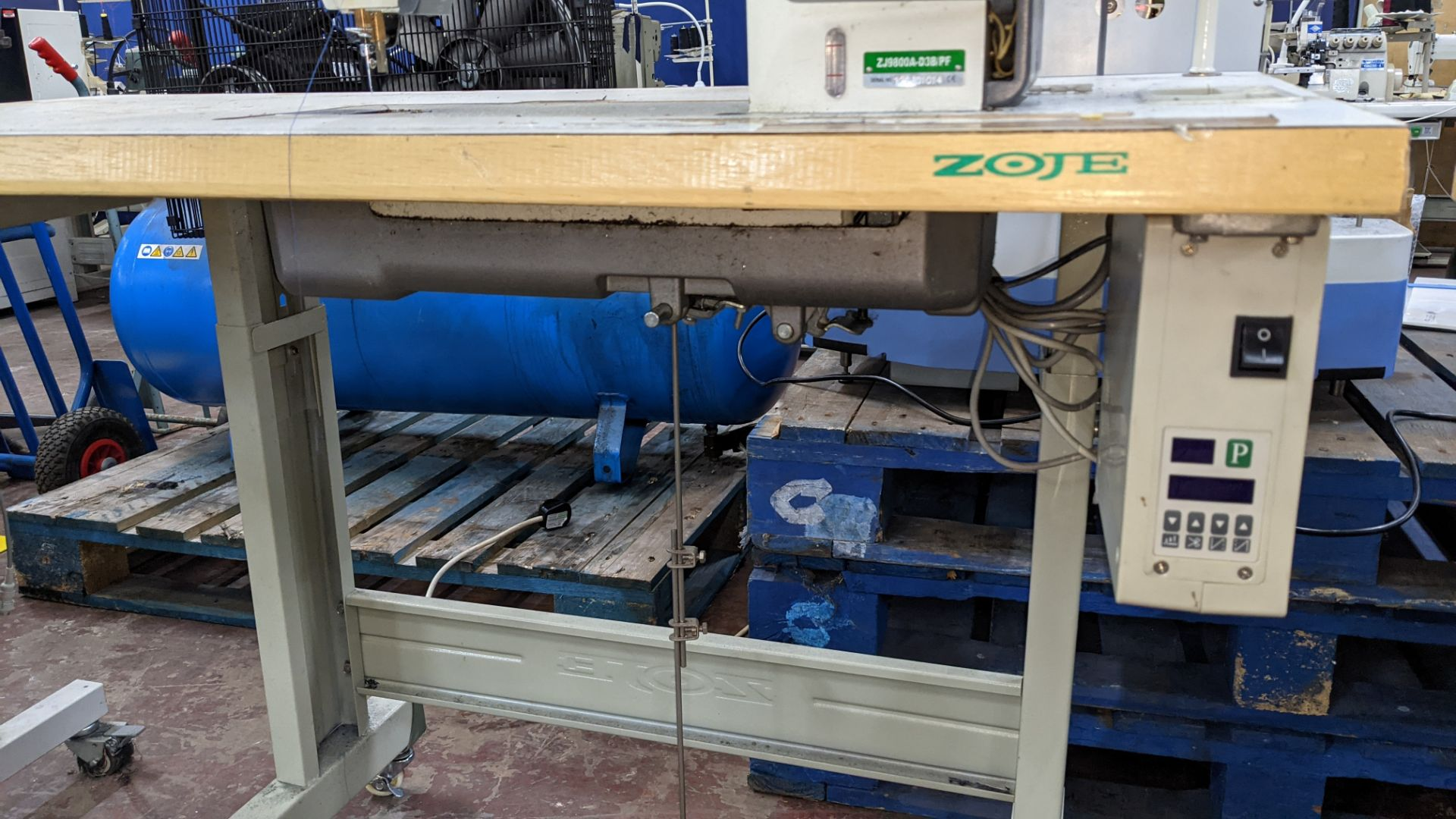 Zoje model ZJ9800A-D3B/PF sewing machine with WR-501 controller - Image 14 of 16