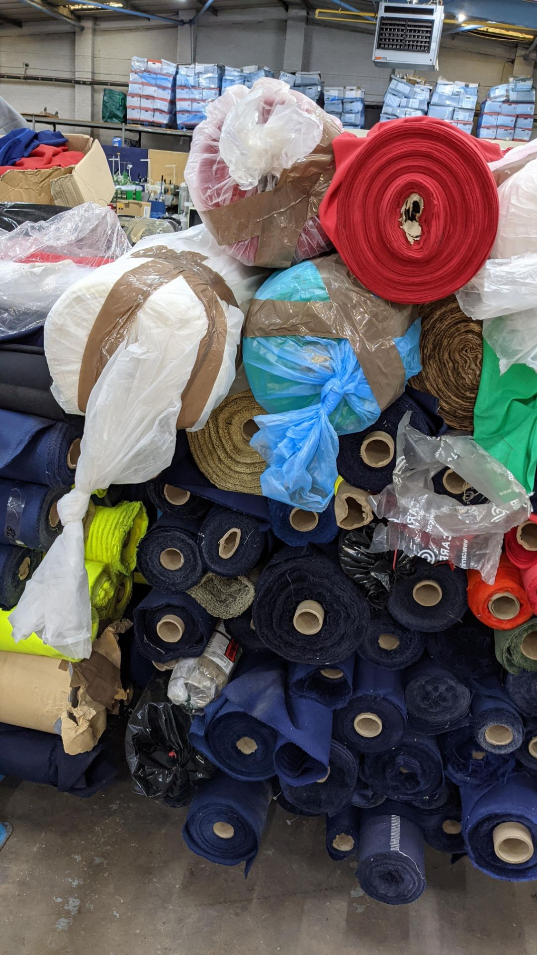 The contents of a large stillage of fabric. Please note the stillage is excluded and cannot be remo - Image 7 of 8