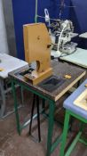 Foot operated riveting machine/press stud machine