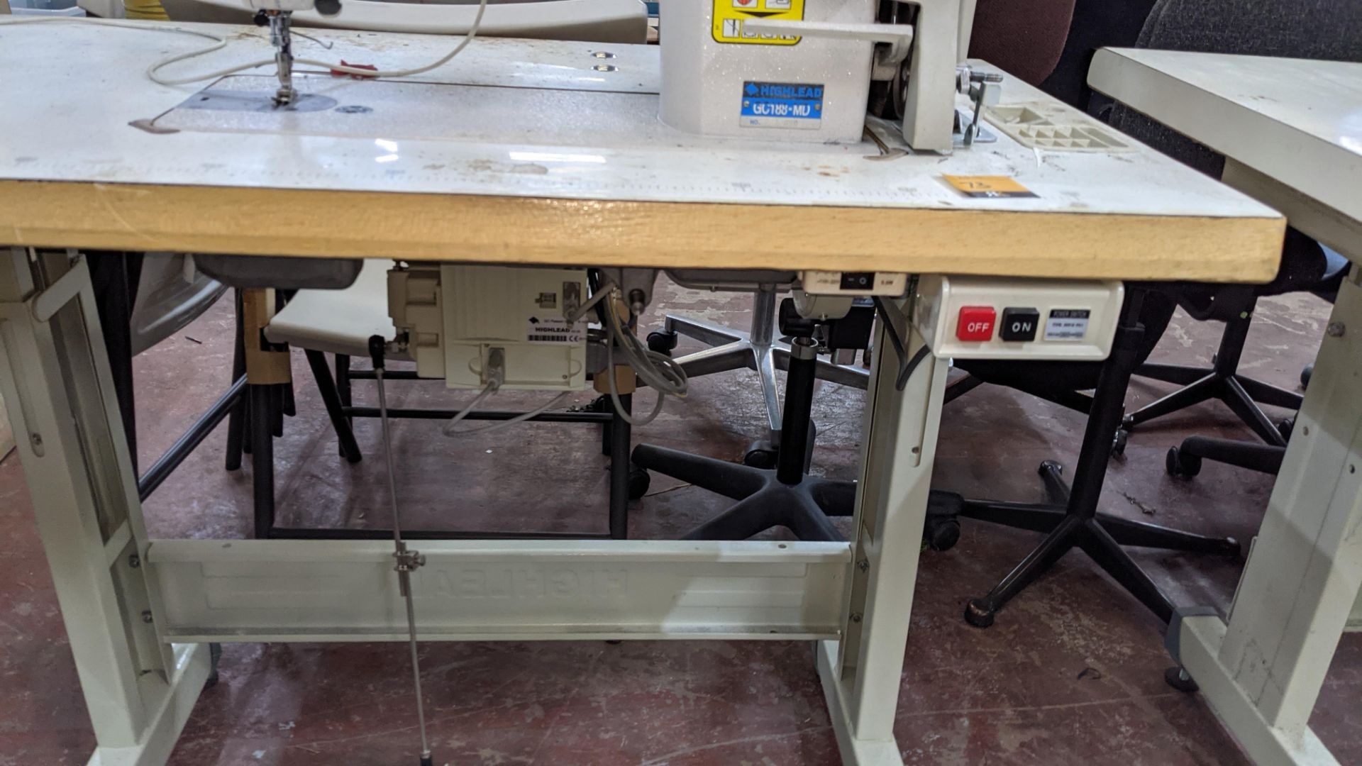 Highlead model GC188-MD sewing machine with model F-10 digital controller - Image 15 of 16