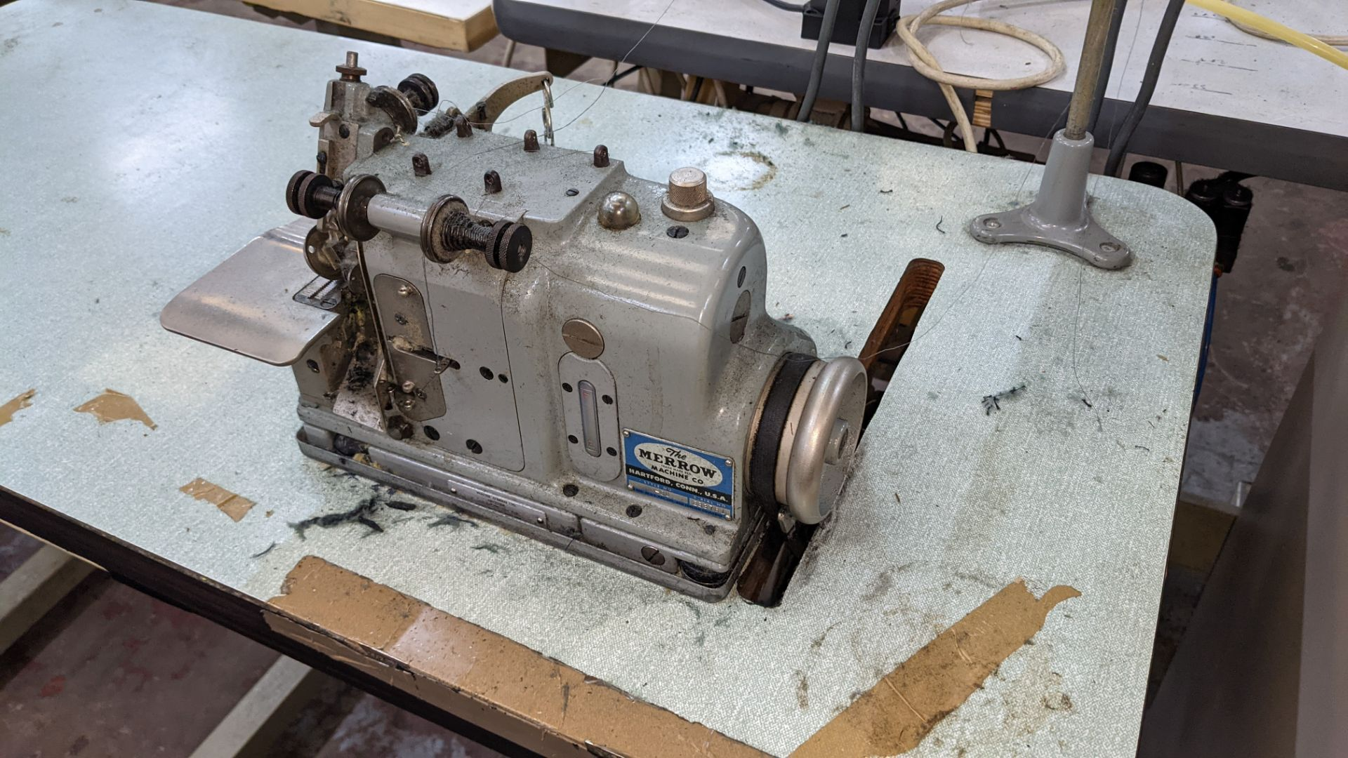 Merrow type M-3U narrow edge sewing machine - Image 4 of 13