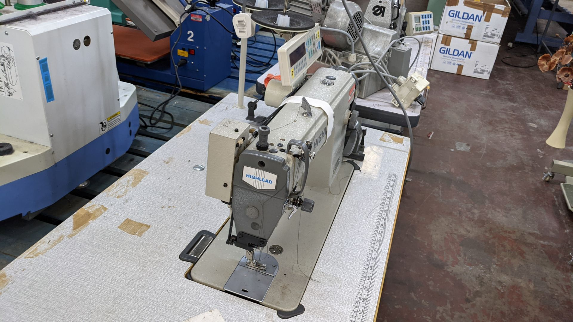 Highlead model GC128-M-D3 sewing machine - Image 10 of 18