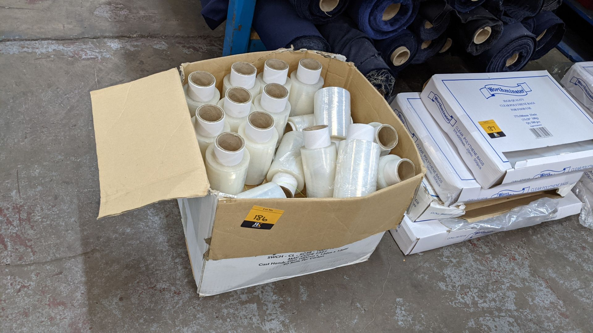 Box of clear plastic tape - Image 2 of 4