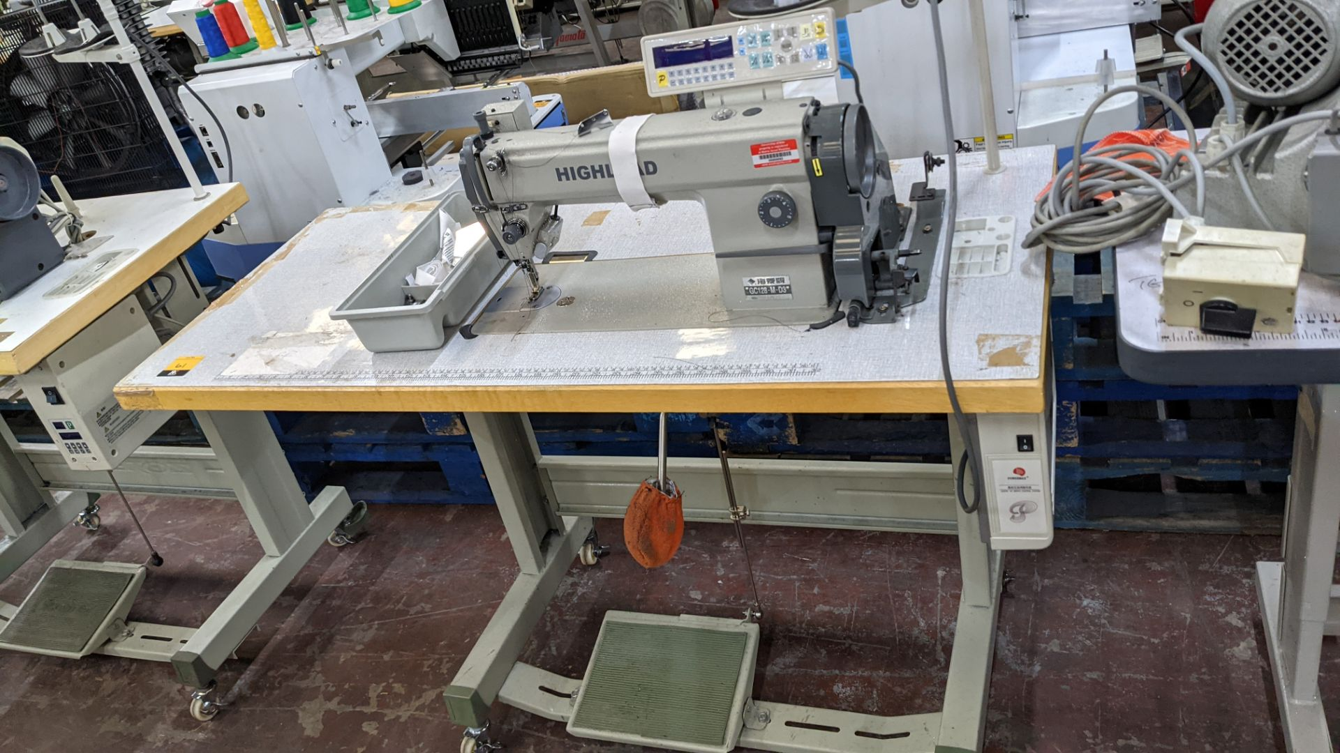 Highlead model GC128-M-D3 sewing machine
