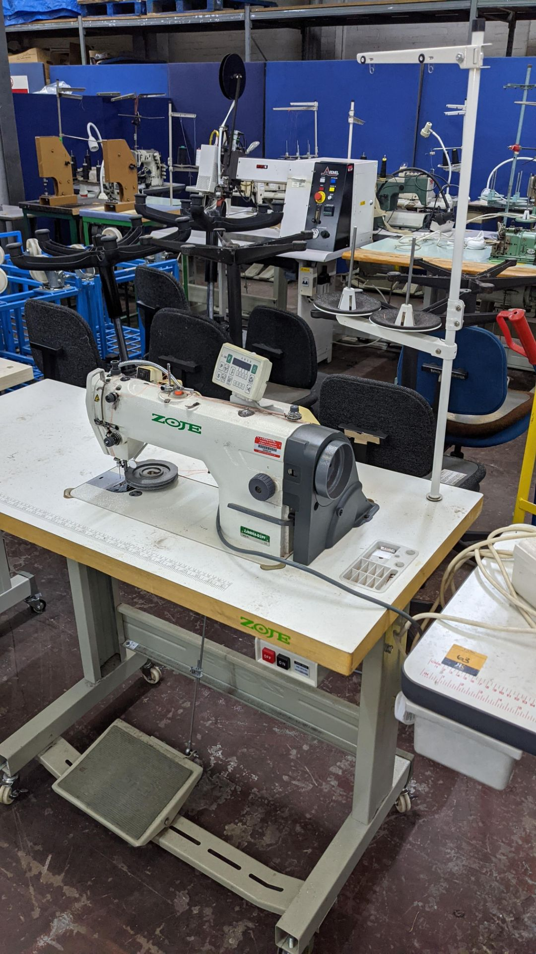 Zoje model ZJ8800A-D3B/PF sewing machine with C-200 controller - Image 3 of 16