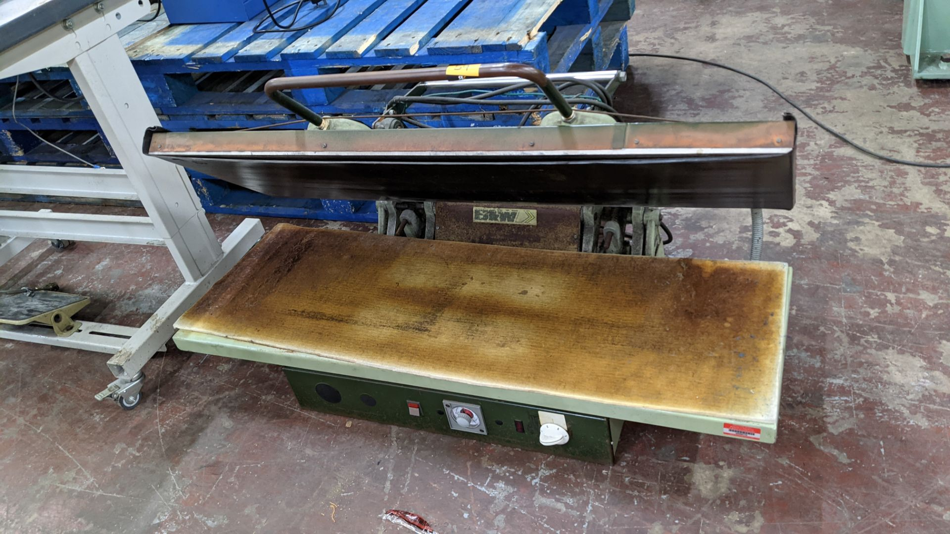 BW large benchtop heat press - Image 3 of 12