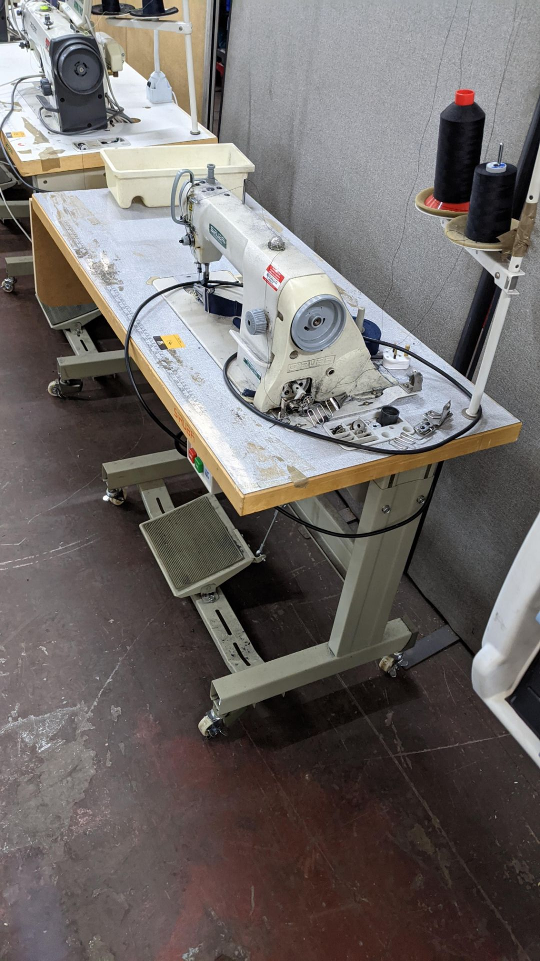 Siruba sewing machine, model L818D-M1, with edge band guide - Image 13 of 13