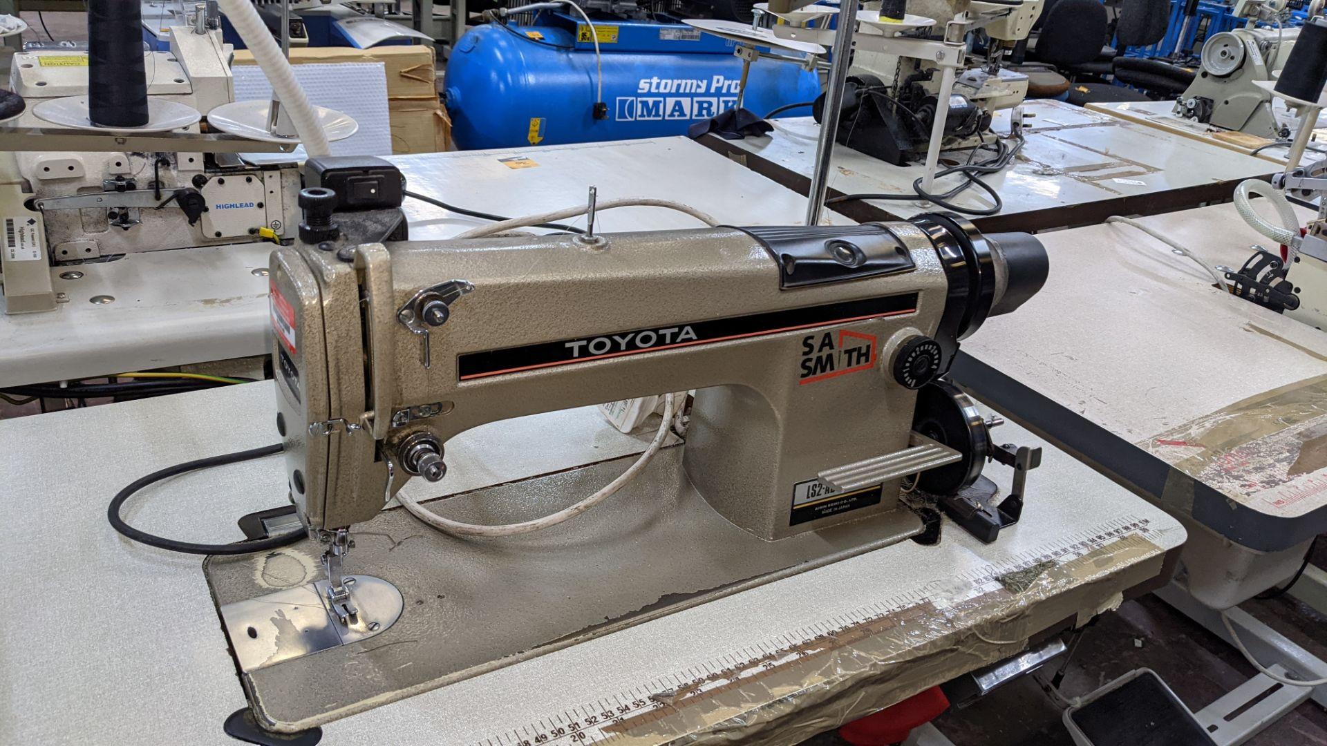 Toyota sewing machine - Image 8 of 17