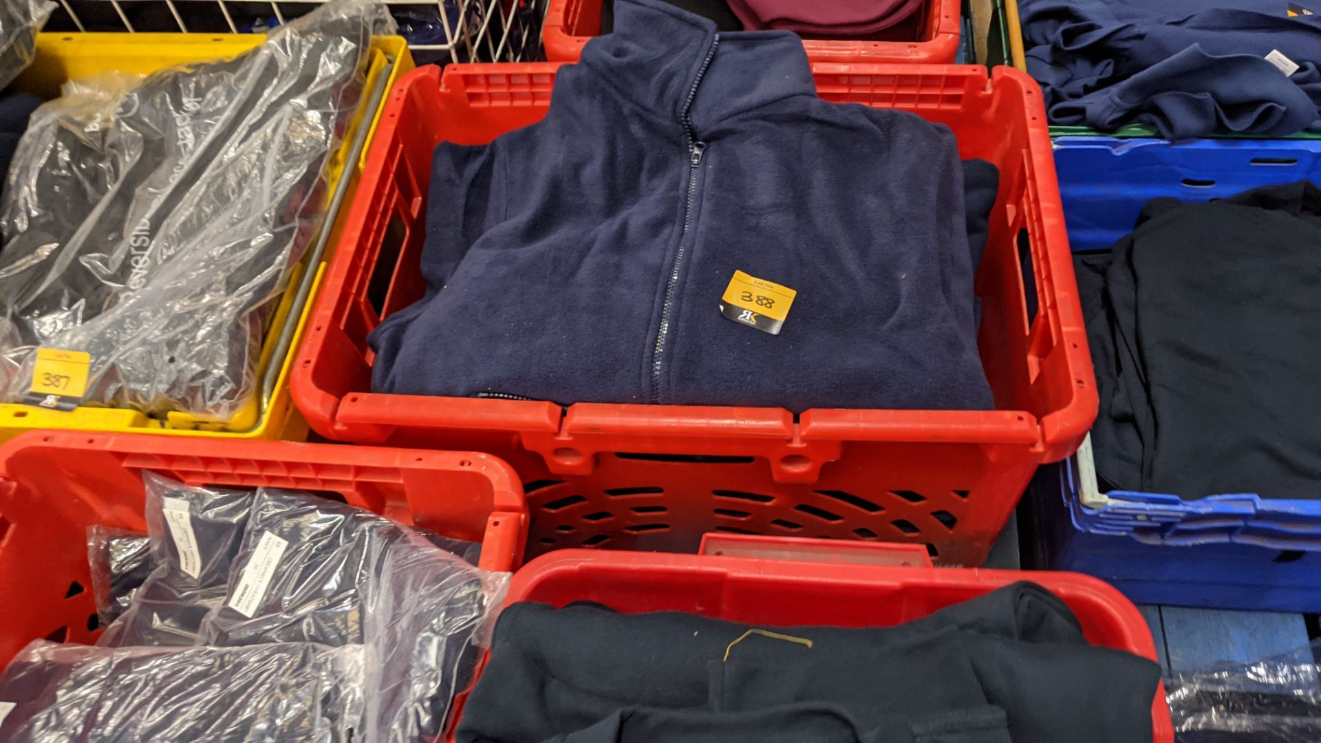 Approx 8 off assorted blue fleece zip up tops