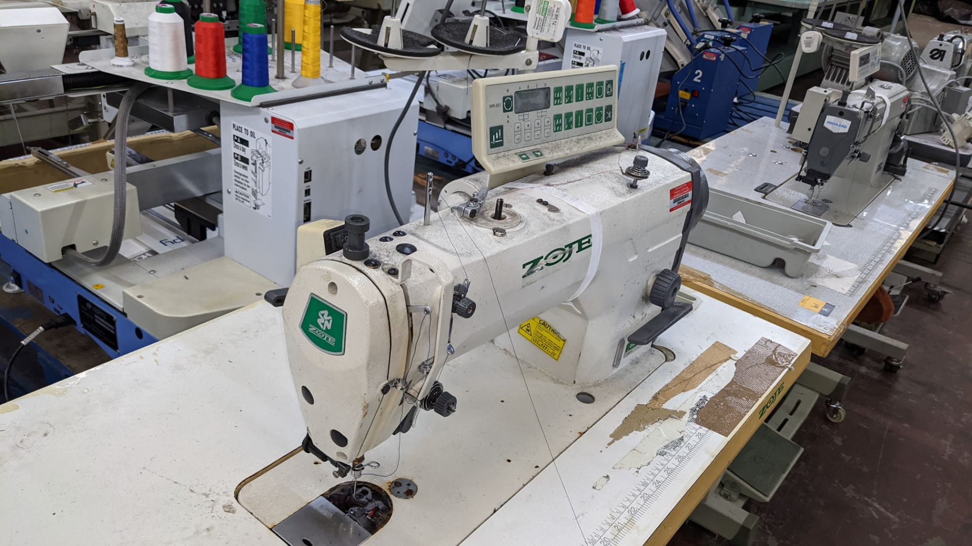 Zoje model ZJ9800A-D3B/PF sewing machine with WR-501 controller - Image 9 of 16