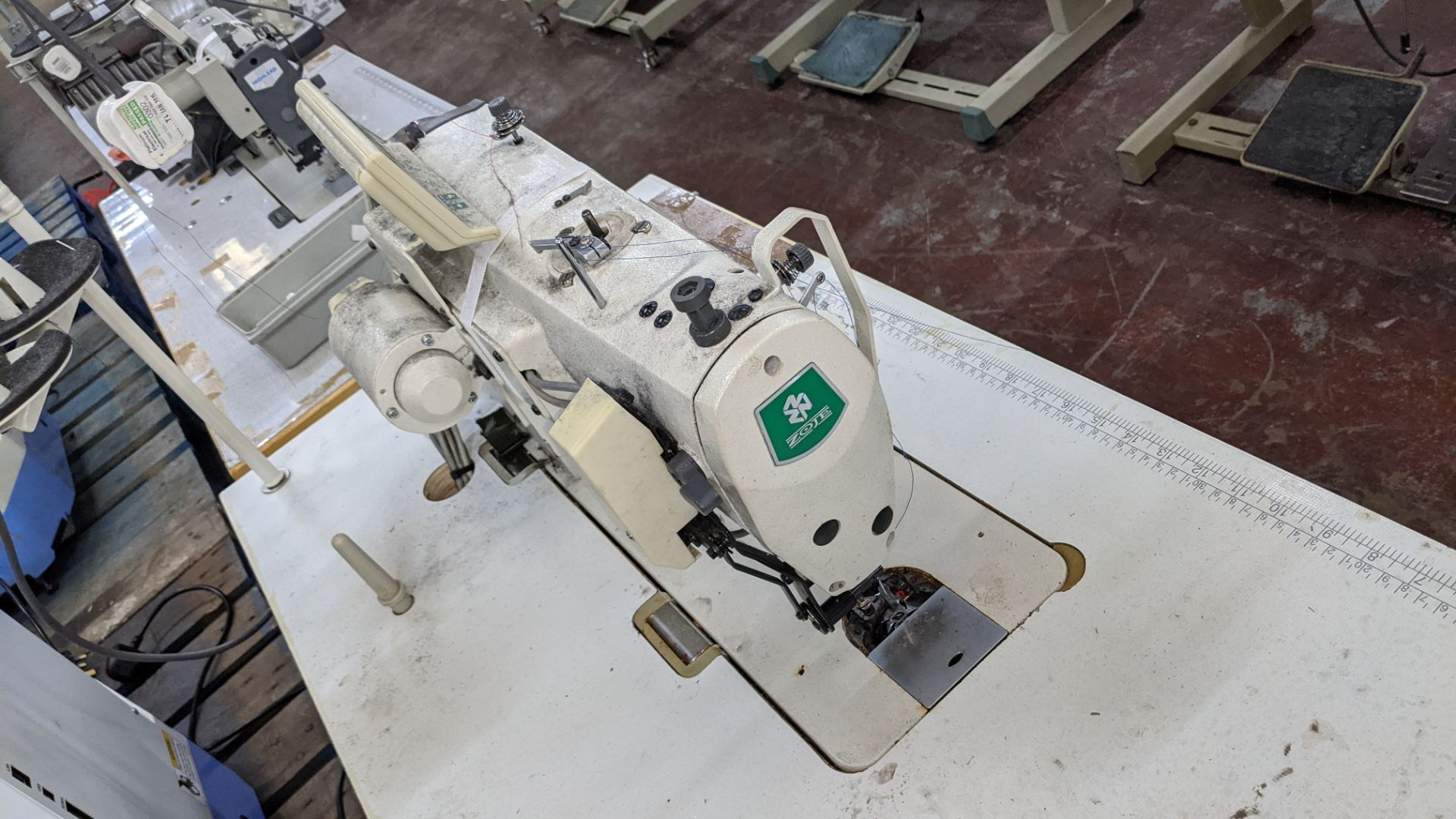 Zoje model ZJ9800A-D3B/PF sewing machine with WR-501 controller - Image 11 of 16