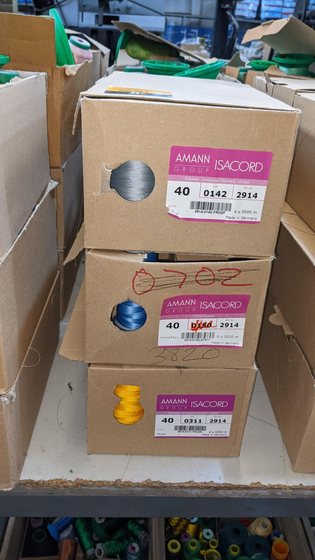 12 boxes of Ackermann Isacord (40) polyester thread - Image 4 of 7