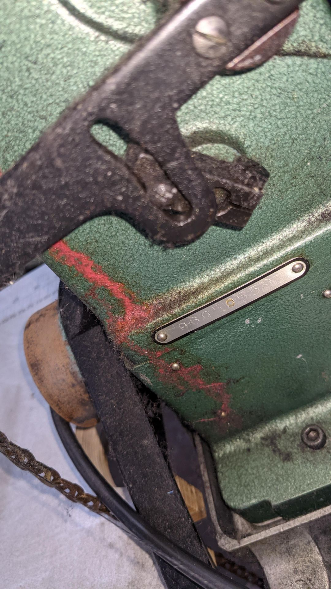 Sewing machine - Image 10 of 16