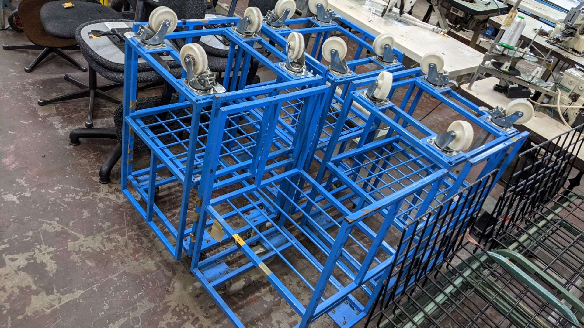 7 off blue mobile trollies - Image 6 of 6
