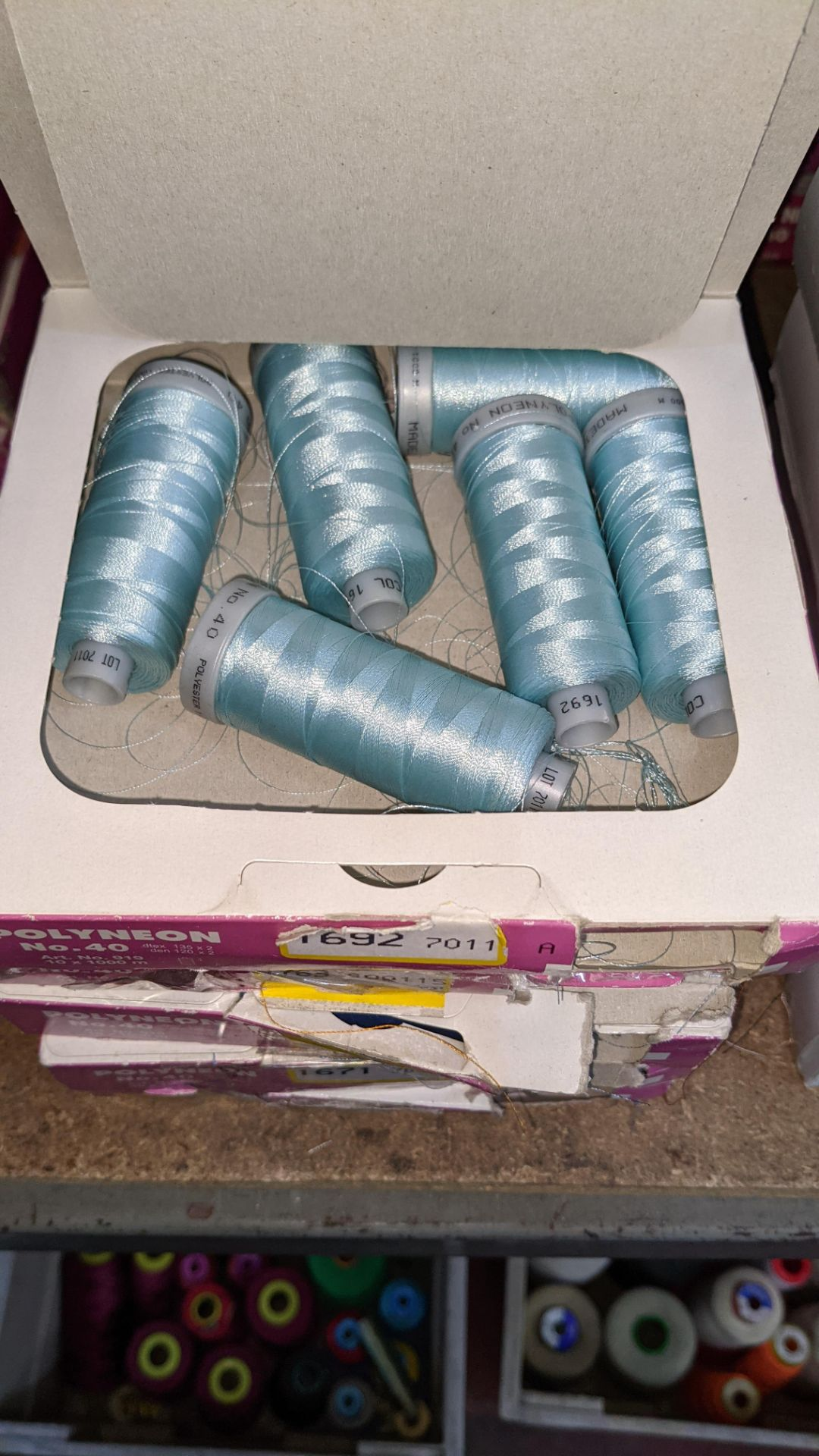 15 boxes of Madeira No. 40 Polyneon embroidery thread - Image 6 of 8