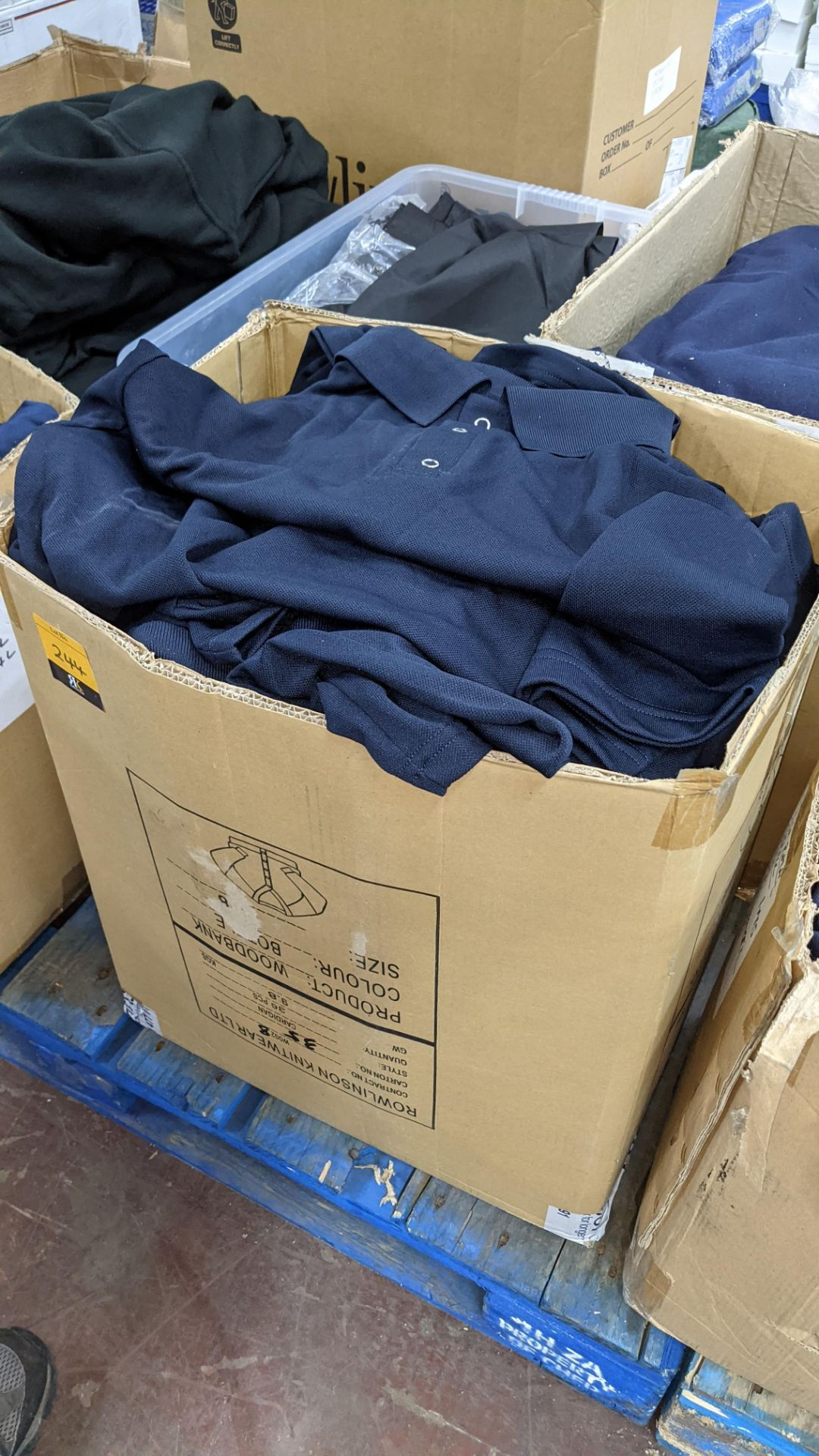 Large quantity of blue polo shirts - 1 box - Image 4 of 4