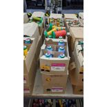 12 boxes of Ackermann Isacord (40) polyester thread