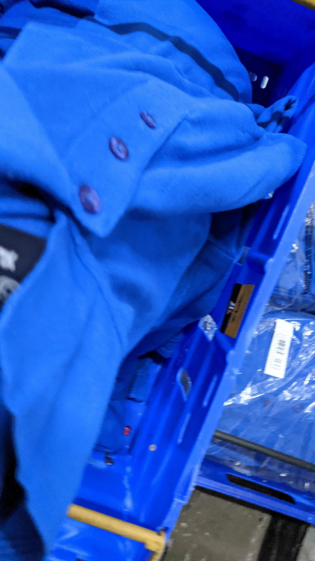 Approx 30 off royal blue polo shirts (2 crates) - Image 4 of 6