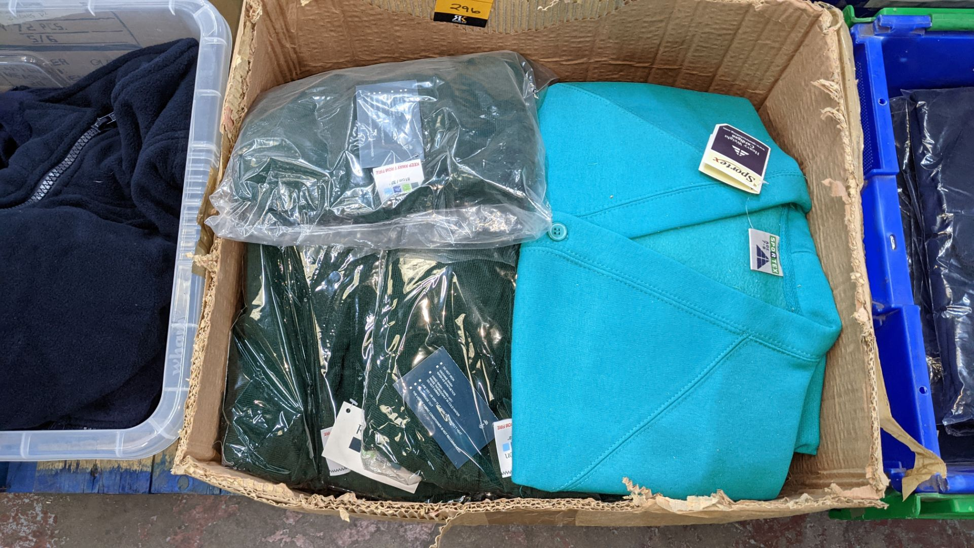 Approx 18 off Rowlinson children's green button up sweat tops - 1 large box - Image 3 of 6
