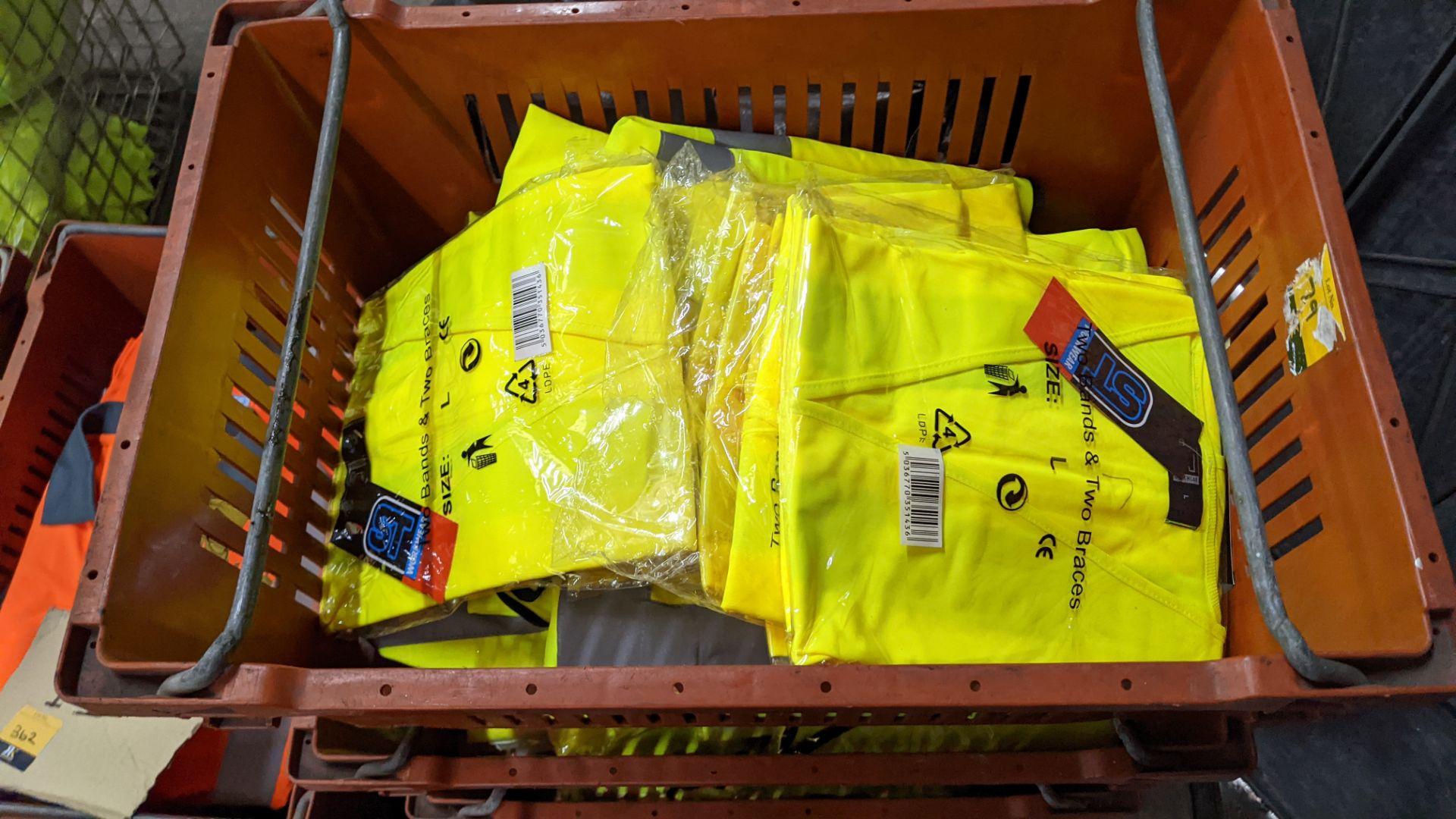 20 off yellow hi-vis vests - Image 4 of 5