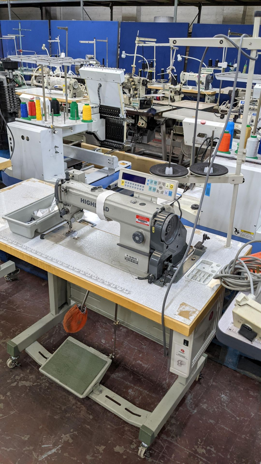 Highlead model GC128-M-D3 sewing machine - Image 4 of 18
