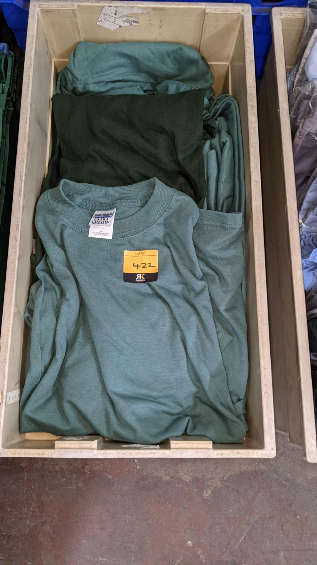 Approx 20 off assorted green tops - Image 2 of 4
