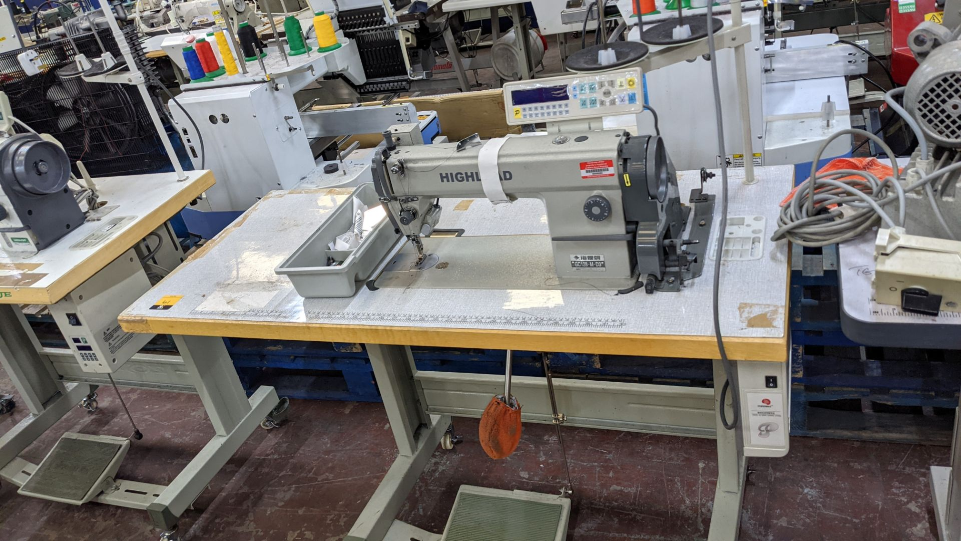 Highlead model GC128-M-D3 sewing machine - Image 2 of 18