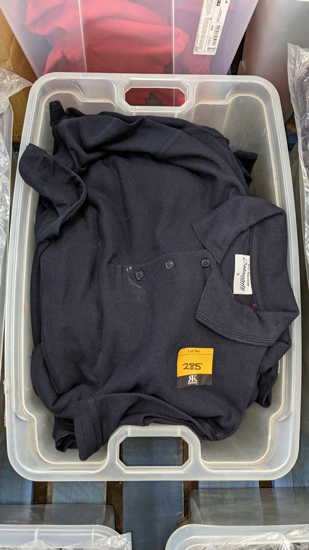 The contents of a crate of navy polo shirts. NB crate excluded - Image 3 of 4
