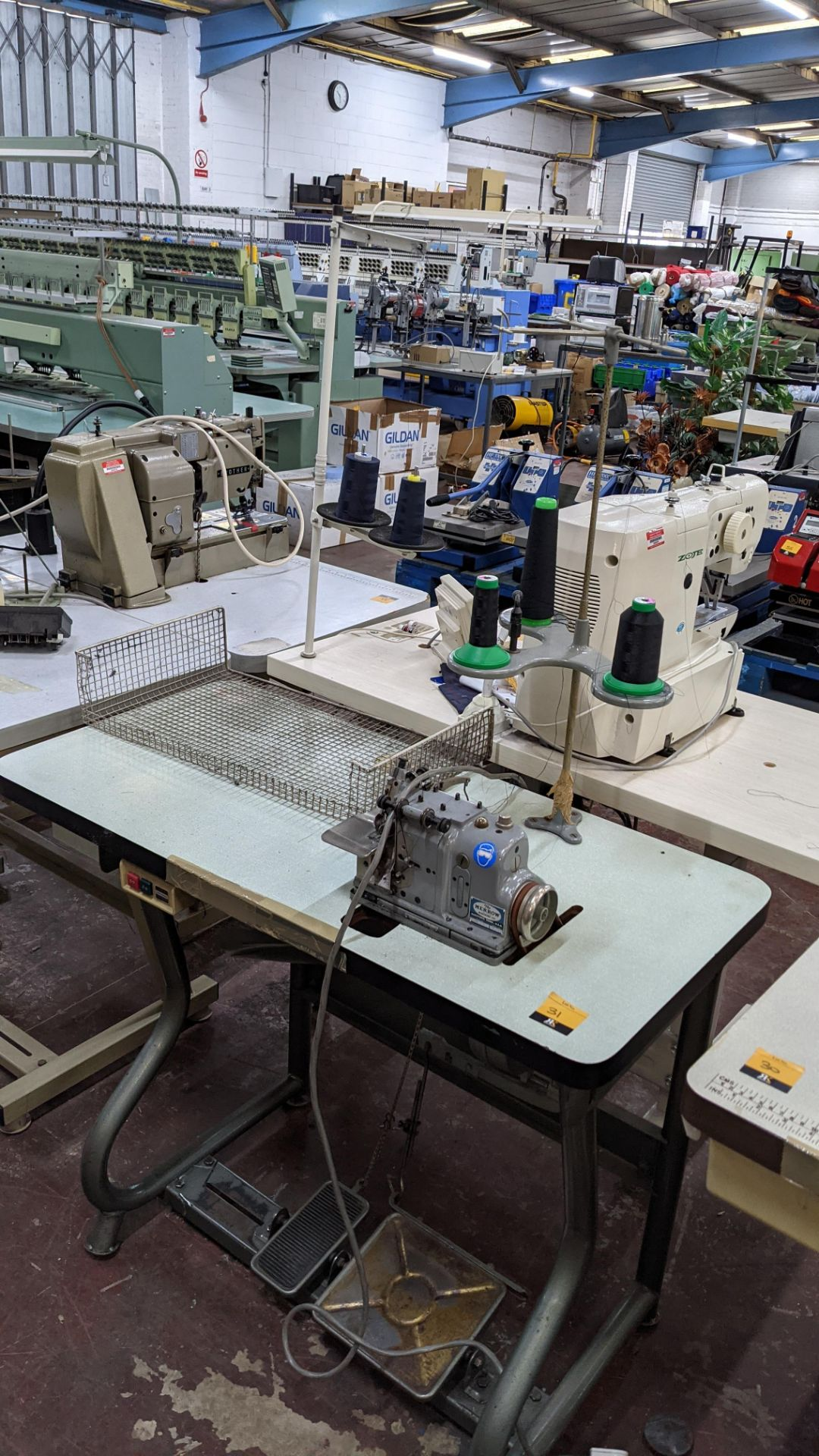 Merrow sewing machine, model M-30 - Image 3 of 14