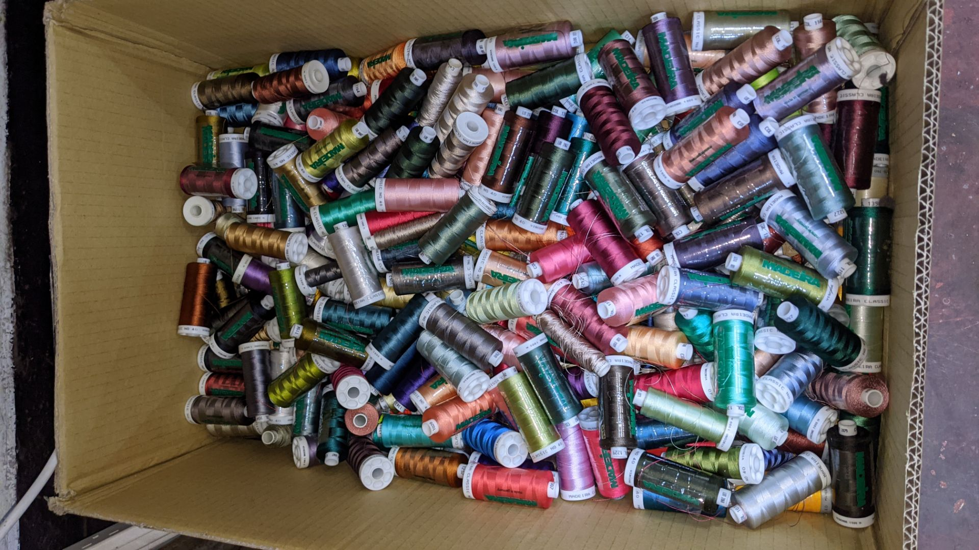 2 large boxes of assorted thread - Image 3 of 5