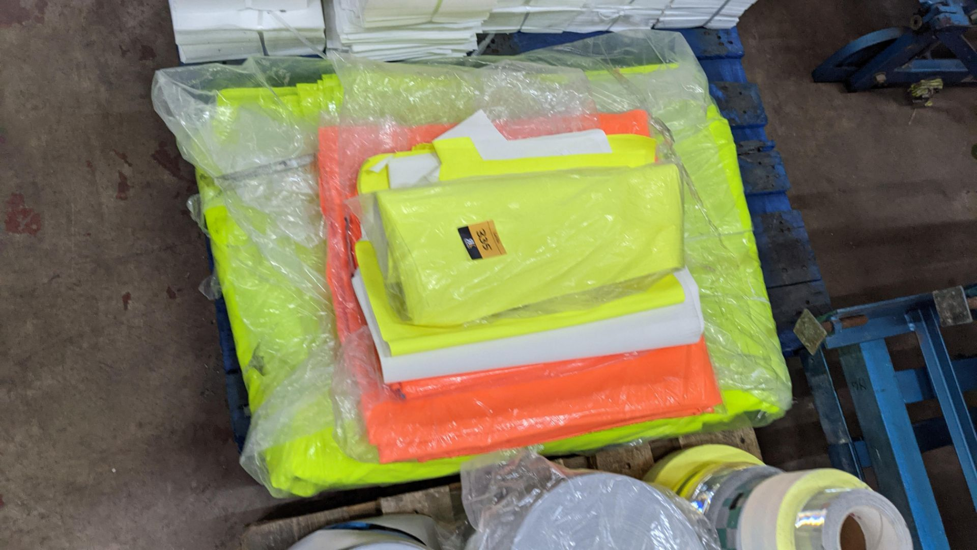 Quantity of hi-vis & reflective fabric & trim comprising 1 stack of fabric, 1 row of reels & the con - Image 6 of 9