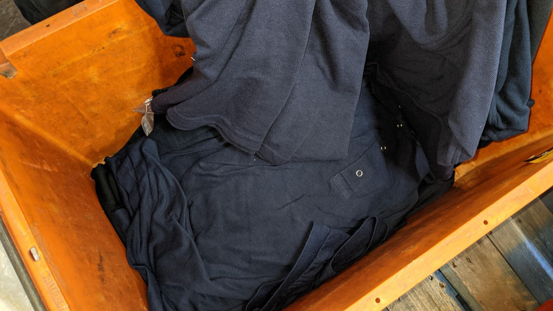 Quantity of assorted polo shirts & similar - the contents of 1 large crate - Image 5 of 5