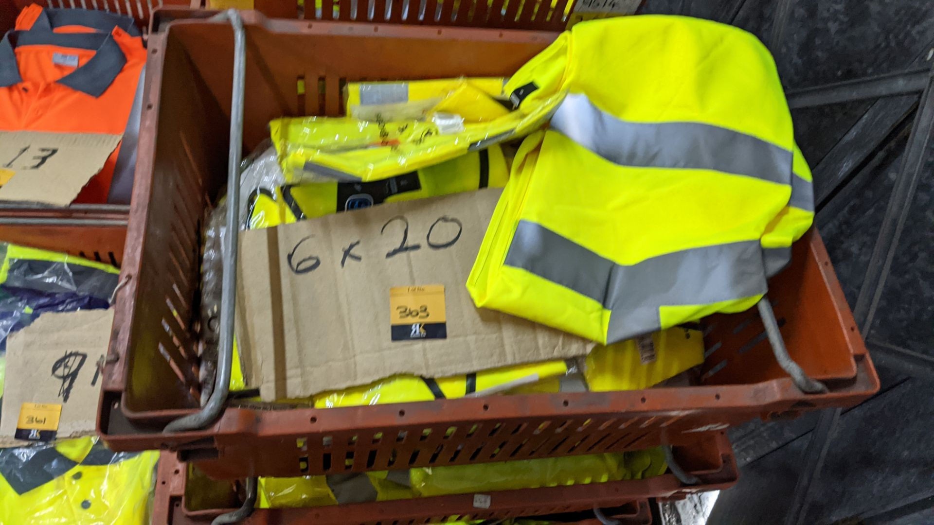 20 off yellow hi-vis vests - Image 2 of 3
