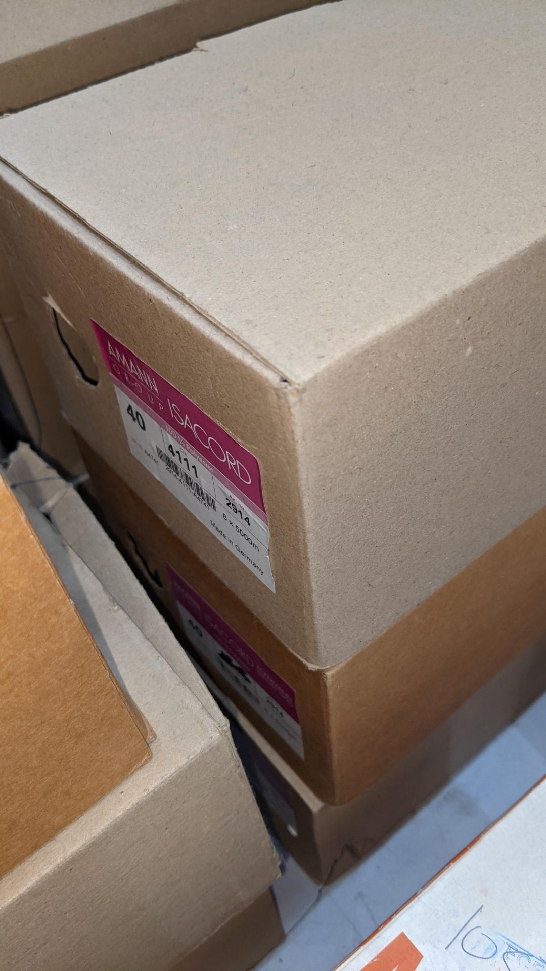 12 boxes of Ackermann Isacord (40) polyester thread - Image 5 of 8