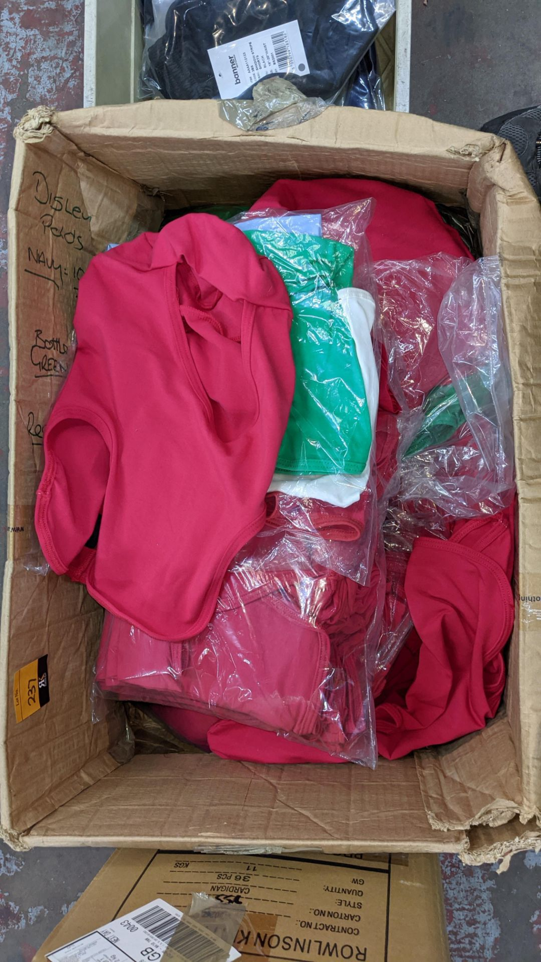 Box of assorted head coverings - Image 3 of 4