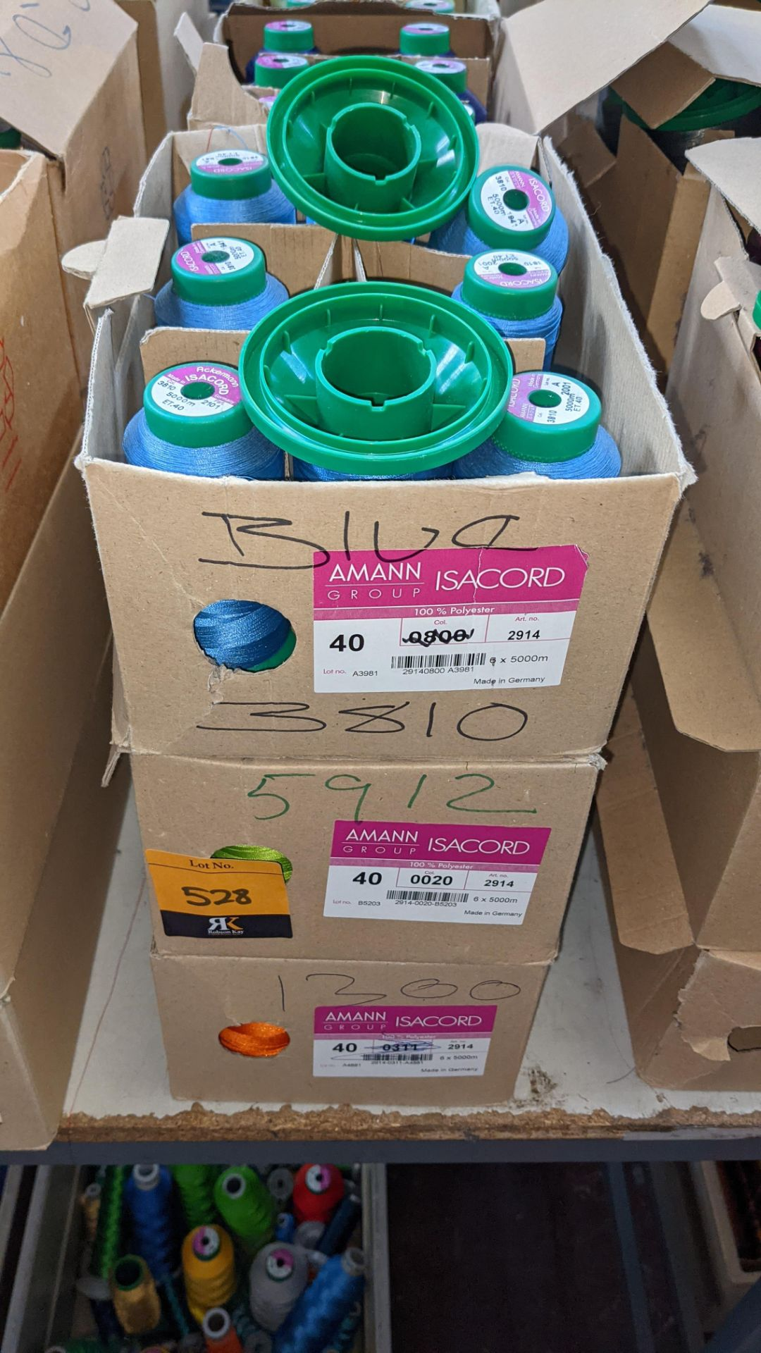12 boxes of Ackermann Isacord (40) polyester thread - Image 3 of 6