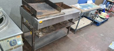Large gas barbeque system