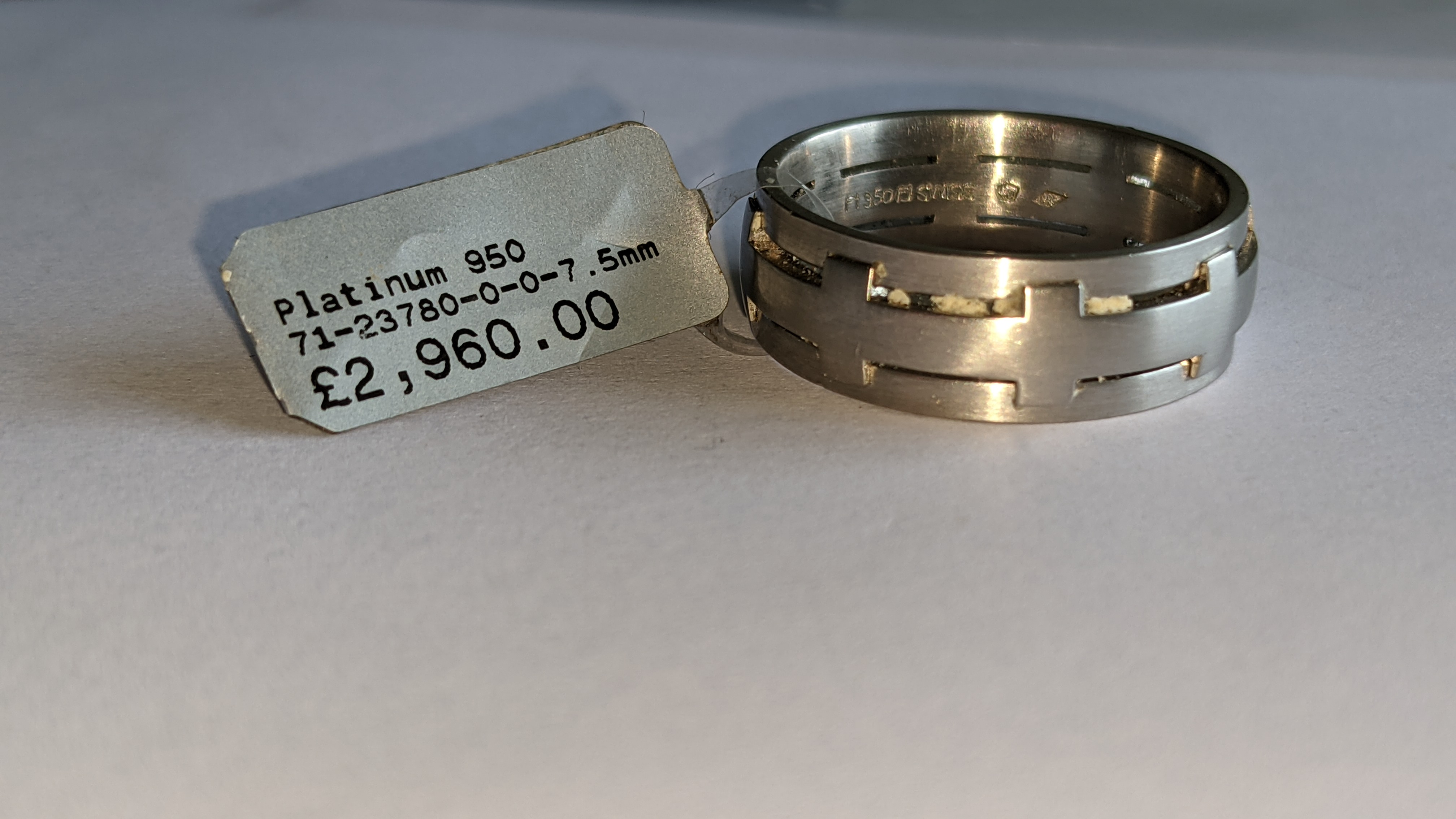 Platinum 950 ring in matt & polished finish, 7.5mm wide. RRP £2,960 - Image 7 of 15