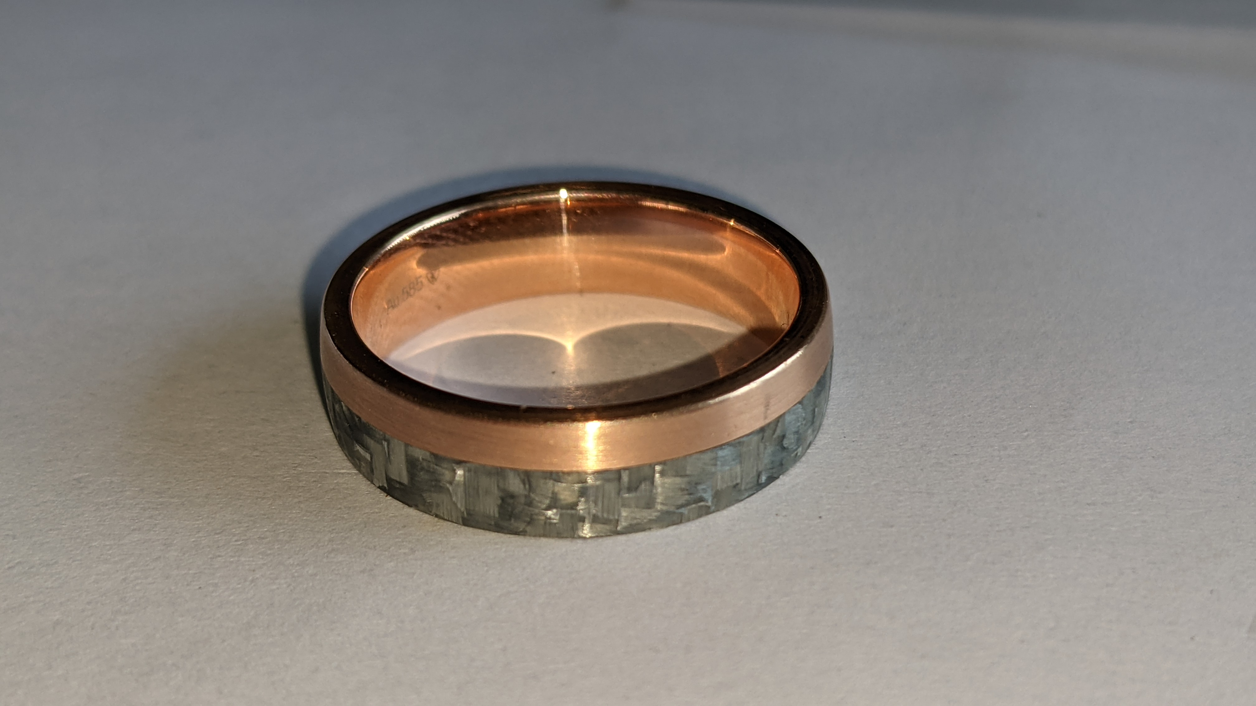 Carbon & 14ct rose gold ring RRP £705 - Image 6 of 13