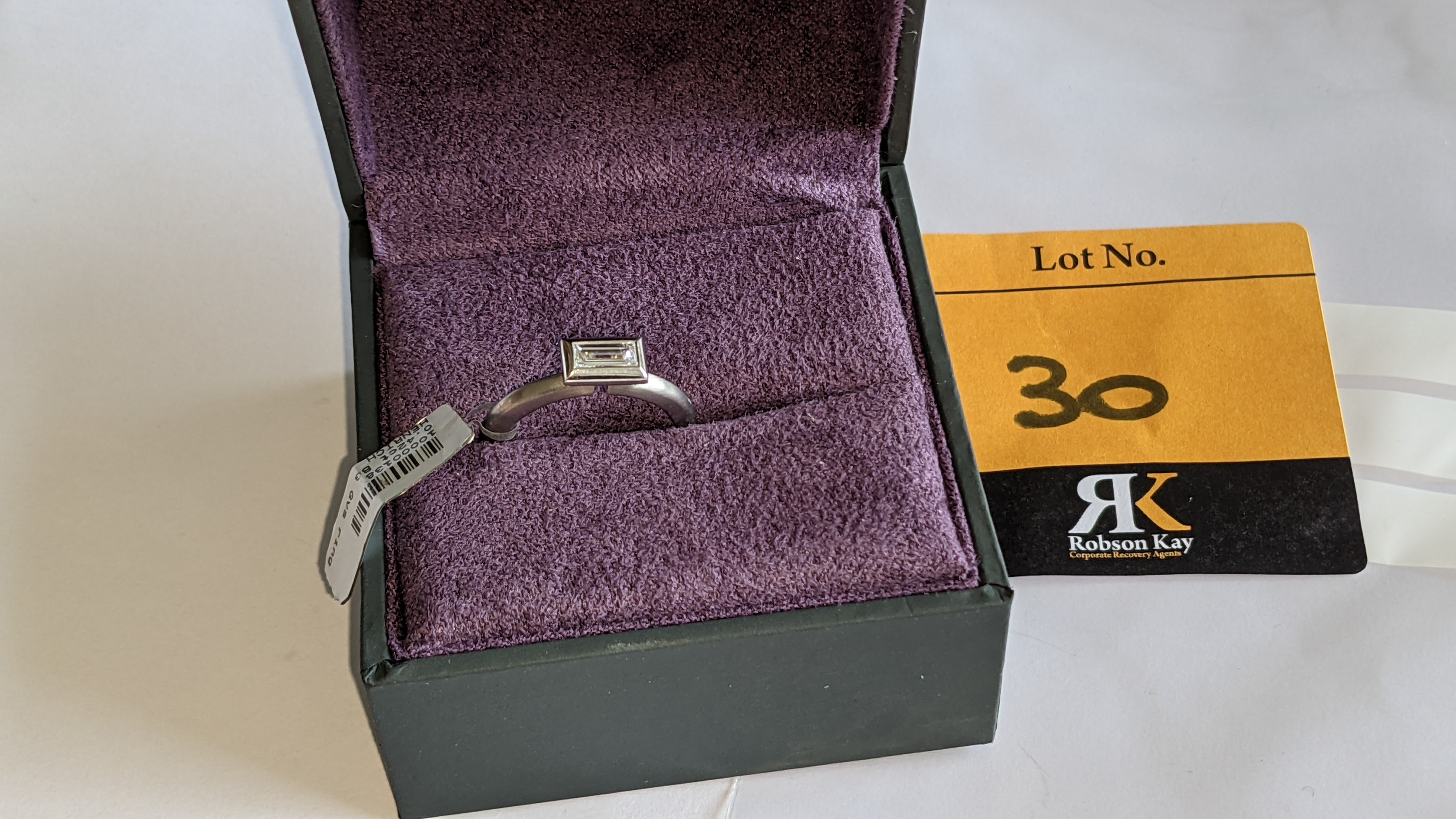 Modern platinum 950 & diamond ring with 0.42ct centrally mounted stone. RRP £4,677