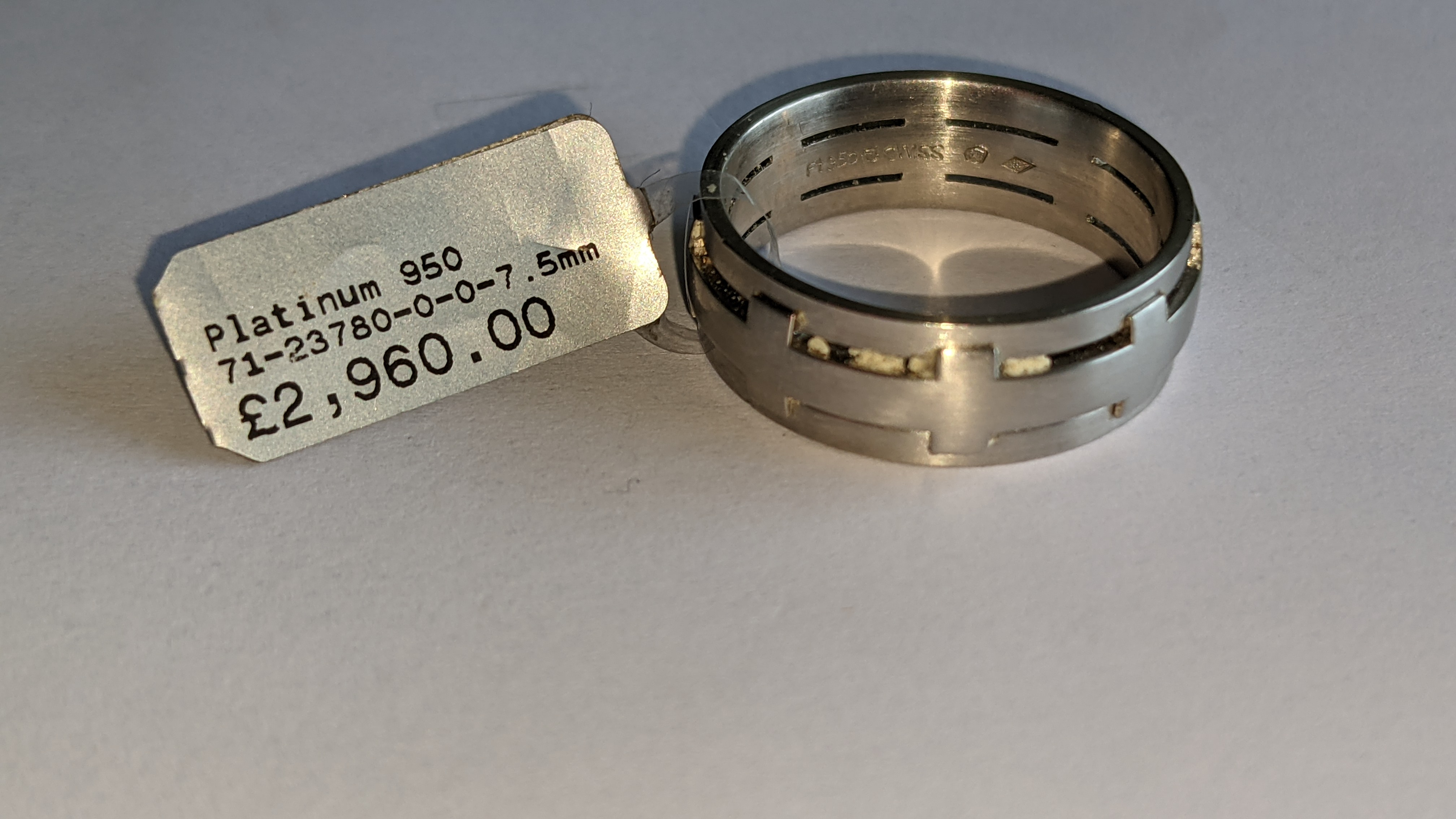 Platinum 950 ring in matt & polished finish, 7.5mm wide. RRP £2,960 - Image 6 of 15