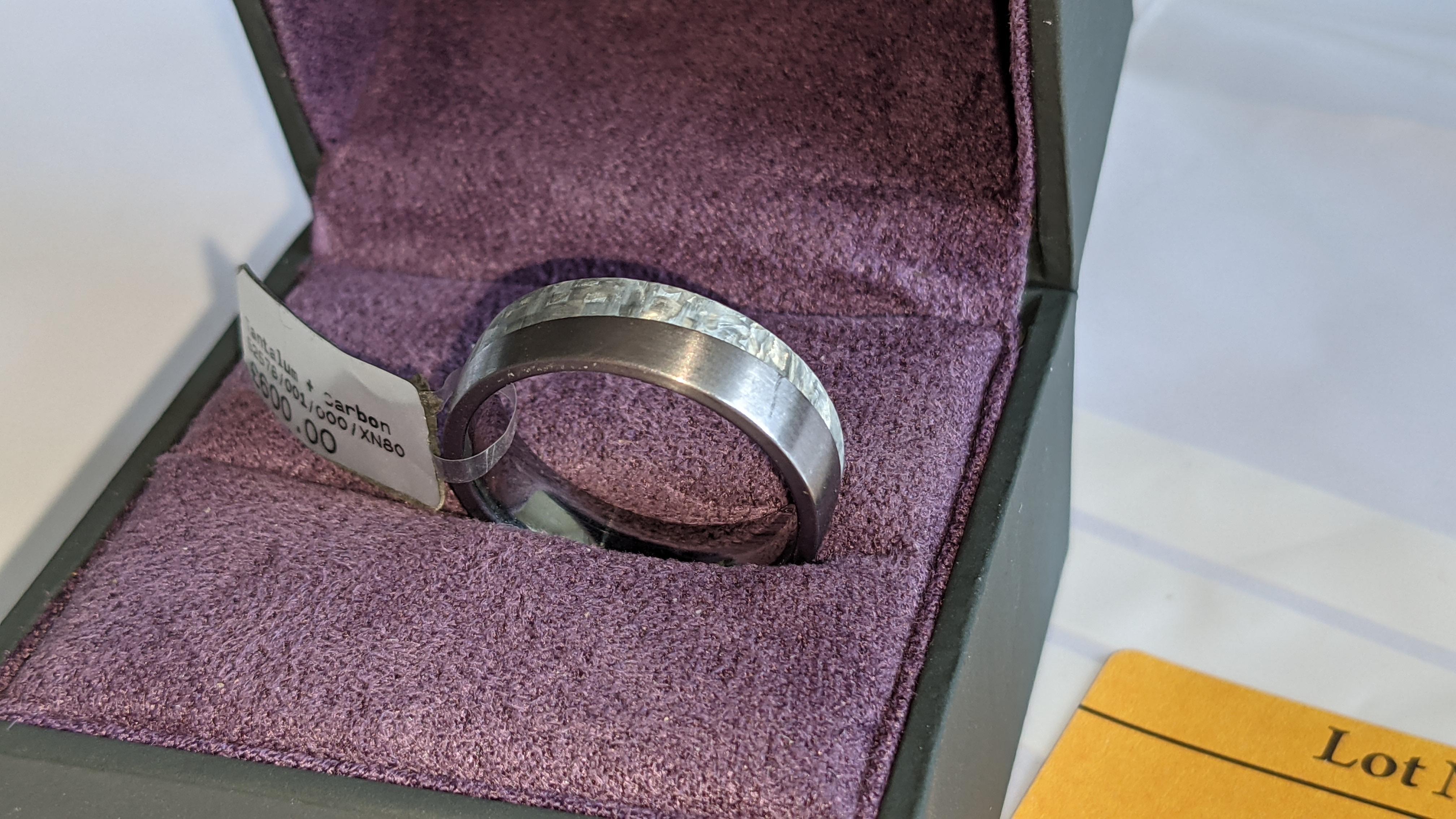 Tantalum & carbon ring RRP £600 - Image 3 of 13