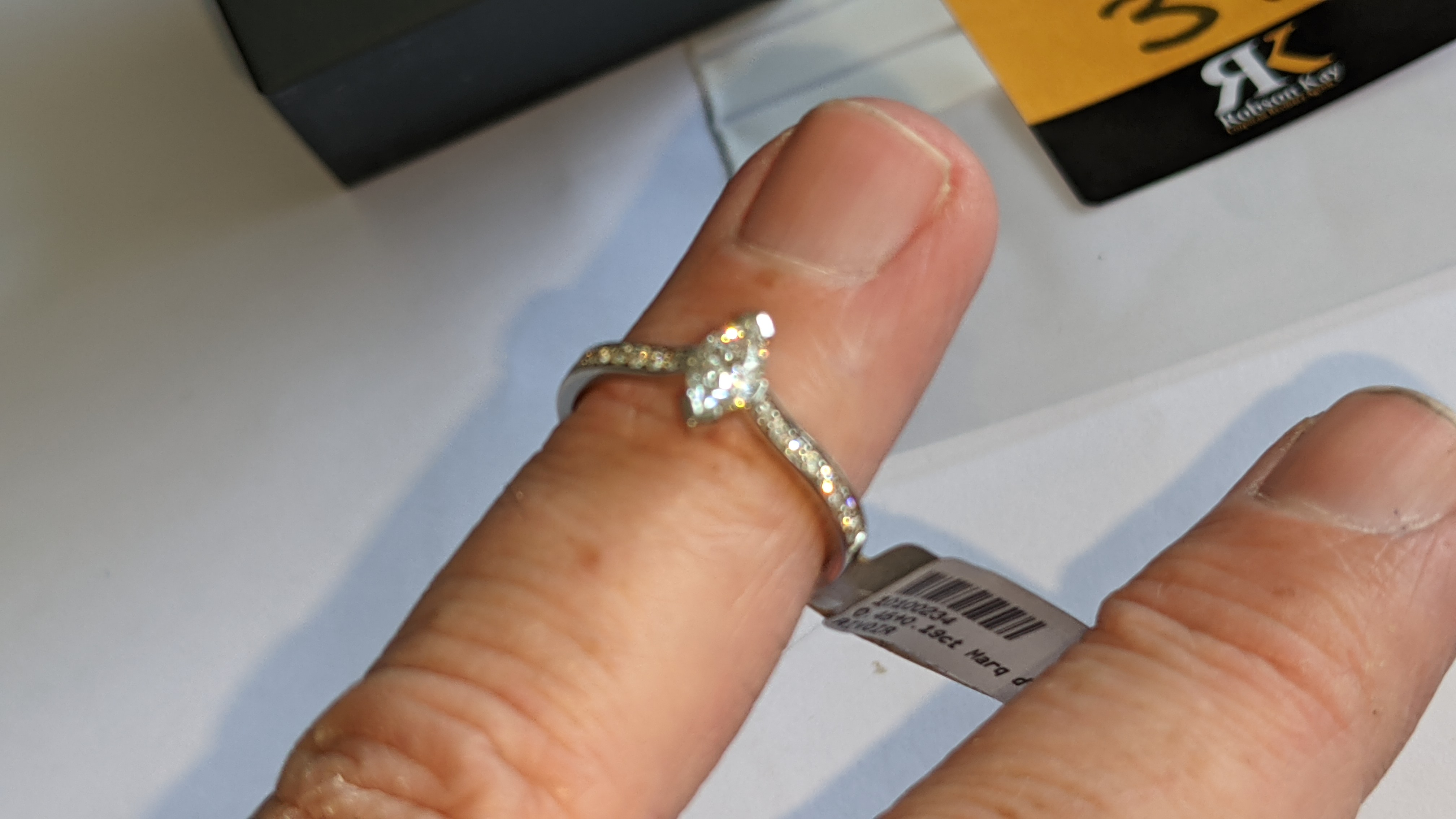 Platinum 950 ring with marquise shaped central diamond plus diamonds on the shoulders either side, t - Image 13 of 16